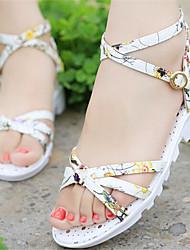 DamenKleid-Kunstleder-Keilabsatz-Vorne offener Schuh-Weiß