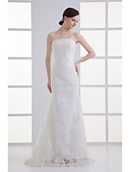 Trumpet / Mermaid Wedding Dress Sweep / Brush Train Strapless Lace with Lace