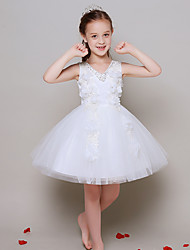 Ball Gown Knee-length Flower Girl Dress - Tulle Sleeveless V-neck with Bow(s) / Flower(s)