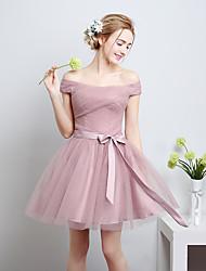 Une ligne de genou longueur satin tulle robe de demoiselle d'honneur avec arc (s)