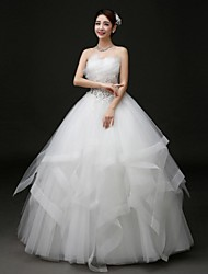 Ball Gown Wedding Dress Floor-length Strapless Tulle with Beading / Criss-Cross / Appliques