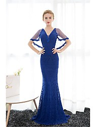 Formal Evening Dress Trumpet / Mermaid V-neck Sweep / Brush Train Lace / Tulle with Pearl Detailing