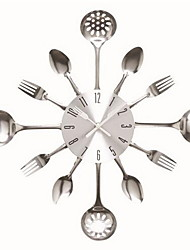 Stainless Steel Baking Varnish Knife and Fork Clock