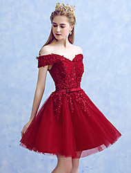 A-Line Princess Off-the-shoulder Short / Mini Tulle Cocktail Party Homecoming Dress with Appliques Bow(s) by MYF
