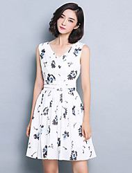 Women's Going out Street chic A Line Dress,Floral V Neck Mini / Above Knee Sleeveless White / Black Summer