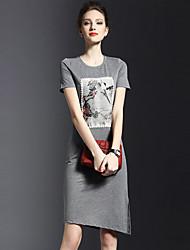 Mulheres Camiseta Vestido,Casual / Tamanhos Grandes Simples Estampado Decote Redondo Altura dos Joelhos Manga Curta Preto / Cinza