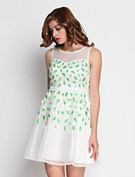 Stephanie mulheres que saem bonito dresssolid em torno do pescoço mini-branca sem mangas de algodão / poliéster verão