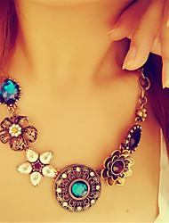 Feminino Colares com Pendentes Cristal imitação de diamante Liga Moda Vintage Jóias de Luxo Europeu Bronze Jóias Para Festa Diário Casual