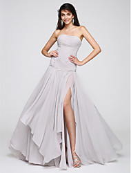 2017 TS Couture® Formal Evening Dress A-line Strapless Sweep / Brush Train Chiffon with Criss Cross / Ruching