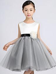 A-line Knee-length Flower Girl Dress - Tulle Sleeveless Jewel with Flower(s)