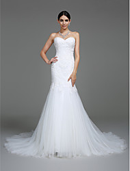 LAN TING BRIDE Trumpet / Mermaid Wedding Dress Simply Sublime Court Train Sweetheart Tulle with Appliques