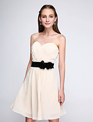 Lanting Bride Short / Mini Chiffon Bridesmaid Dress - Short A-line Sweetheart with Bow(s) / Draping / Criss Cross