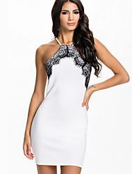 Damen Hülle Kleid-Klub Sexy Patchwork Halter Asymmetrisch Ärmellos Weiß Polyester Sommer