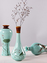 Hand-Painted Lotus Small Celadon Vase Ceramics Home Decoration (Random Style)