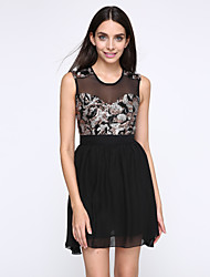 High Quality and Elegant Women Sexy Dress O-neck Sleeveless Casual Dress Beautiful and Fitness Chiffon Summer Dress