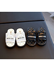 Unisex Slippers & Flip-Flops Spring / Fall Slippers Rubber Casual Flat Heel Others Black / White Others