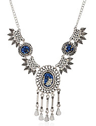 May Polly European and American retro crystal leaf drop necklace tassel