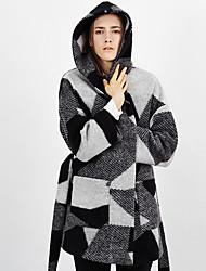 c + impressionner femmes sortir street chic bloc coatcolor capuche hiver manches longues laine noire / moyenne de rayonne