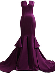 Formal Evening Dress Trumpet / Mermaid Strapless Court Train Satin with Split Front