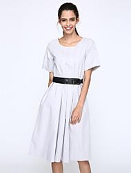 На каждый день / Большие размеры Винтаж Свободный силуэт Платье Однотонный,Круглый вырез Средней длины С короткими рукавамиСиний /