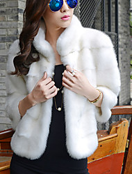 Women's Casual/Daily Simple Fur Coat,Solid Long Sleeve Winter White / Black Others