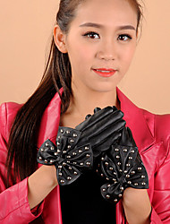 Women's PU Bowknot Rivet Wrist Length Fingertips Cute/ Party/ Casual Winter Fashion Warm Gloves