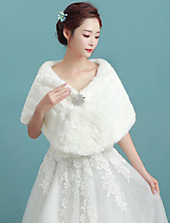 Women's Elegant Bridal Warm Wrap Capelets Faux Fur Wedding / Party/Evening Winter Solid White