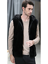 Men's Going out / Casual/Daily Vintage / Simple / Street chic Fur Coat,Solid Hooded Sleeveless Winter Black Faux Fur Medium