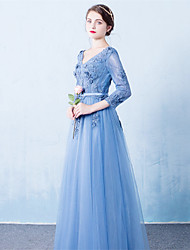 Formal Evening Dress - Floral A-line V-neck Court Train Tulle with Sash / Ribbon