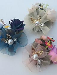 Fleurs de mariage Roses Boutonnières Mariage / Le Party / soirée Satin / Tulle / Strass