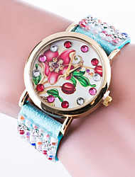 Reloj Mujer Top Brand Women's Casual Wrist Watch Quartz Bracelet Watch Ladies Rhinestone  Band And Flower Dial