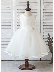 A-line Knee-length Flower Girl Dress - Satin Sleeveless Scoop with Beading / Bow(s)