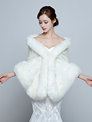 Women's Elegant Bridal Warm Wrap Capelets Faux Fur Wedding / Party/Evening Winter Solid Thick White