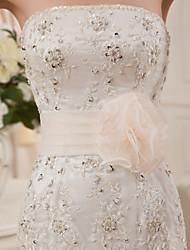 Trompette / Sirène Robe de Mariage  Traîne Chapelle Sans Bretelles Organza / Satin avec Perlage / Volants / Etagée