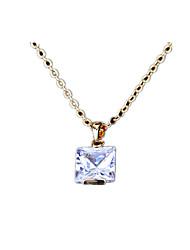 Femme Pendentif de collier Cristal Zircon Imitation de diamant 24K Plated Gold Alliage Personnalisé Or Argent Bijoux PourQuotidien