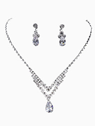 New Hollowed-out Water Dropping Rhinestone Necklace Set
