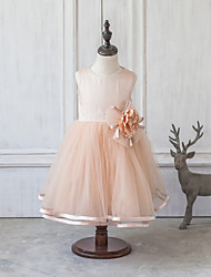 Ball Gown Knee-length Flower Girl Dress - Cotton/Chinlon Sleeveless Scoop Neck With Flower(s)/Bow(s)