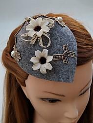 Women's Lace Fabric Headpiece-Wedding Special Occasion Fascinators Hats Hair Clip 1 Piece