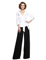 2017 Lanting Bride® Sheath / Column Mother of the Bride Dress - Elegant Floor-length 3/4 Length Sleeve Chiffon Stretch Satin