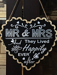 Laser engraving hollow wooden items listed on the ceremony the European and American wedding crafts wooden blackboard straps
