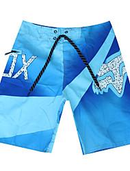 sencilla zona de nado de poliéster de impresión cortos de secado rápido respirable de los hombres de rojo / azul