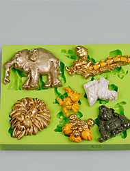 7 Cavity Different Animal Shapes Home Made Art & Craft Silicone Clay Molds For Kids Color Random