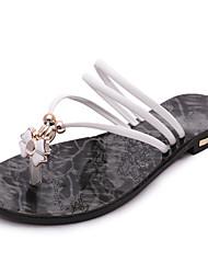 Damen-Slippers & Flip-Flops-Lässig Kleid-Kunstleder-Flacher Absatz-Komfort-Schwarz Weiß