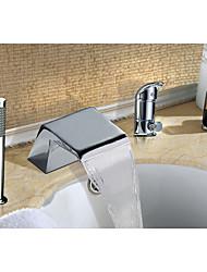 Contemporain Décoration artistique/Rétro Moderne Diffusion large Cascade with  Soupape céramique Mitigeur Trois trous for  Chrome ,