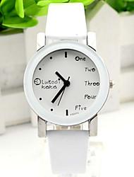 Модные часы Кварцевый силиконовый Группа С подвесками Повседневная Часы с текстом Черный Белый Красный Коричневый