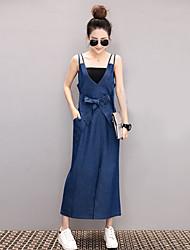 2017 European leg of the V-neck halter strap dress loose strap length denim dress send Bra