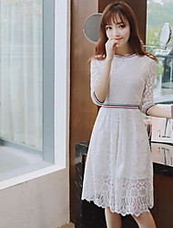 2017 spring new white stitching fifth sleeve round neck hollow waist lace dress and long sections