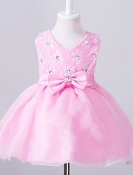 Ball Gown Knee-length Flower Girl Dress - Cotton Lace Tulle V-neck with Bow(s) Buttons Lace