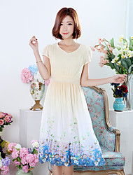 2017 printemps nouvelles femmes&Robe en mousseline de soie d'été positionnement imprimé une ligne-robe longue section d'un grand type