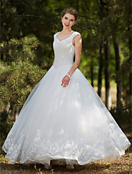 2017 Ball Gown Wedding Dress - Elegant & Luxurious Glamorous & Dramatic Lacy Look Floor-length V-neck Tulle withAppliques Beading Crystal